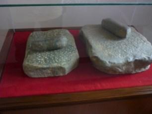 Batu Pipisan pembuat bedak dan jamu milik Inggit Garnasih