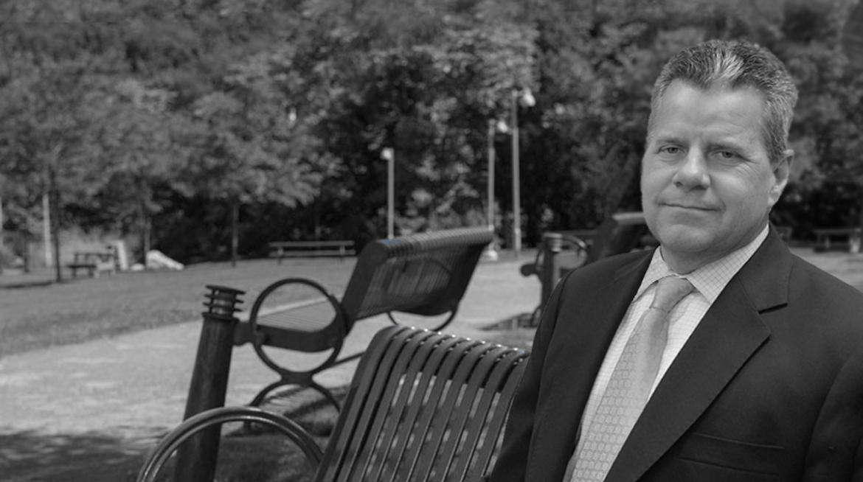 Attorney Tom Valet