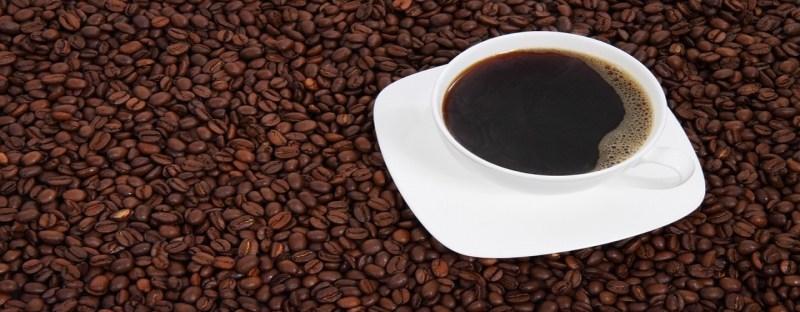 Xícara extra de café pode aumentar as chances de ter enxaqueca   Planeta