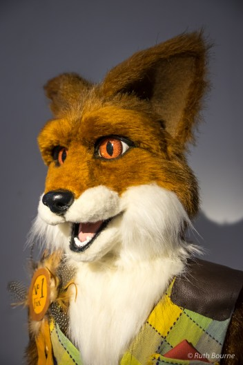 Fox, Peter Pullon