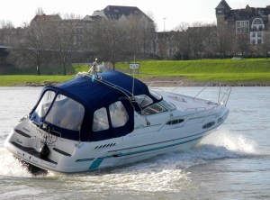After Work - Motorboottraining am 19.04.2017 -Motoryacht Betti bei Rheinkilometer 745