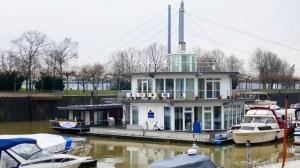 Marina Düsseldorf - Motoryacht Training auf dem Rhein als Vorbereitung auf den Überführungstörn