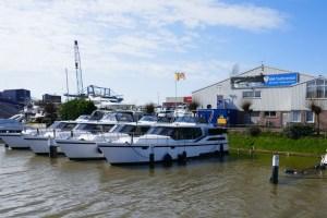 Überflutete Steganlage HM-Yachtrental