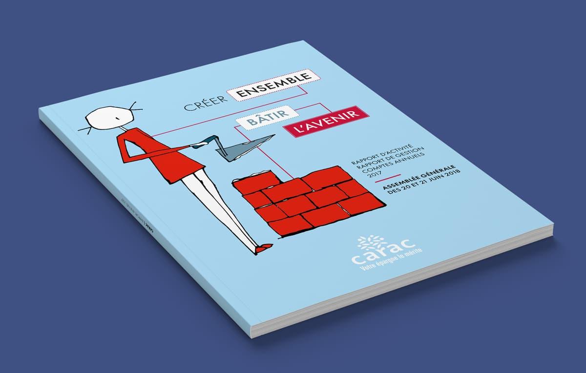 La couverture du rapport annuel reprend l'identité institutionnelle de la Carac