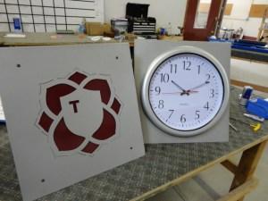 Driving Range Clock Signs