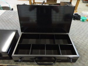 Several compartments keep everything you need for your event in one place.