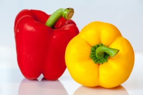 paprika-vegetables-yellow-red-53008