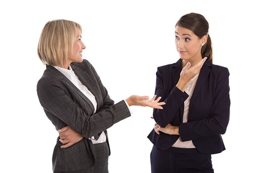 Gestión de Mmmm: 3 formas de aumentar su conciencia no verbal