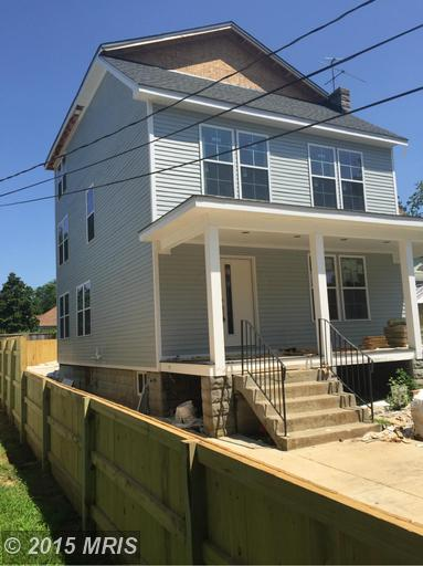 3411 20th Street NE 1,500sqft 6br, 4.5baths For sale for 21 days. asking $974,900
