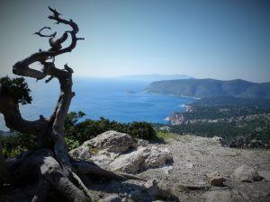 Vue depuis le château de Monolithos
