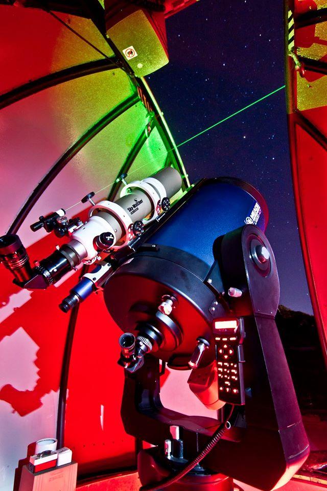 Sortir à Rhodes: téléscope astronomy café