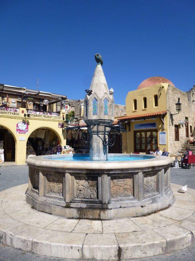 Place Hippokratous - Ville médiévale de Rhodes