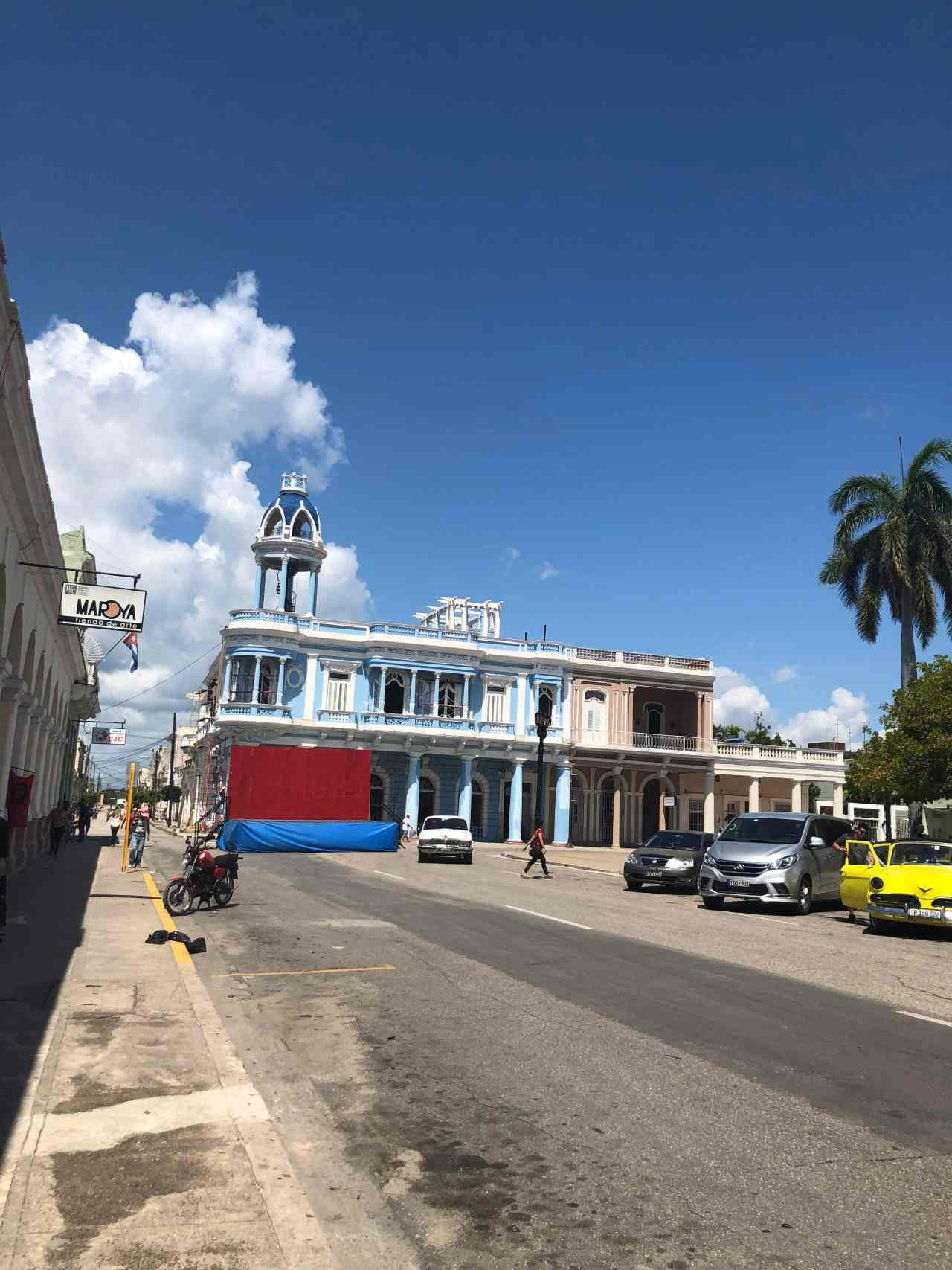 Iconic colourful Cuban buildings