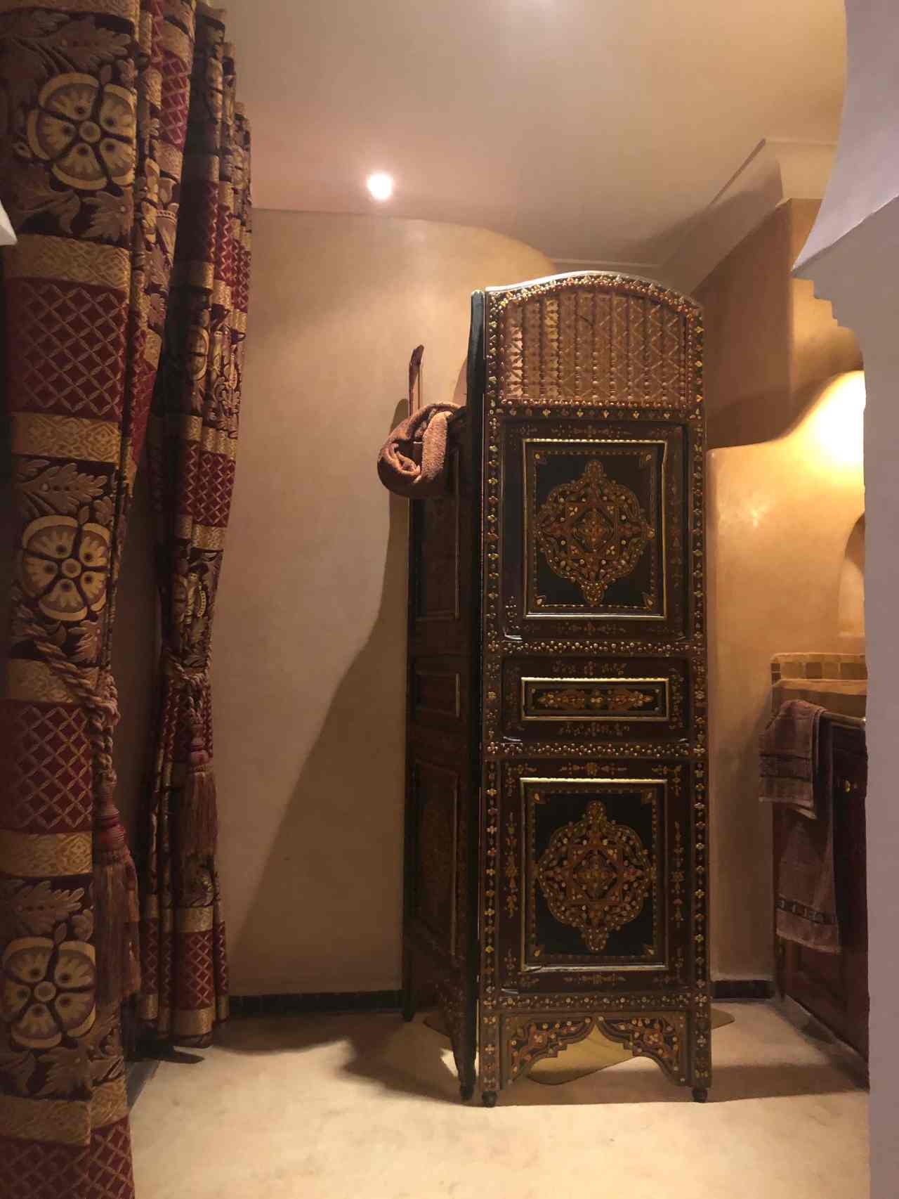 riad oumaima bathroom