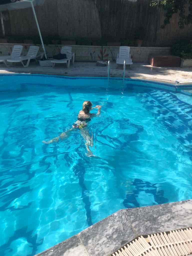 Swimming pool Kose Pension hostel
