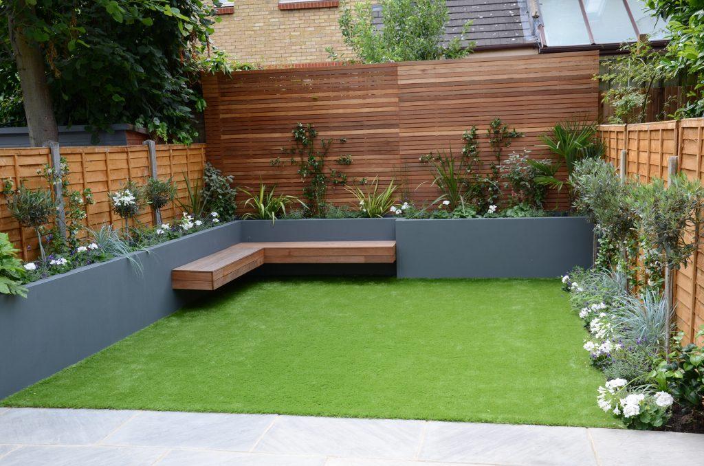small garden design fake grass low mainteance contempoary ... on Artificial Grass Backyard Ideas  id=35737