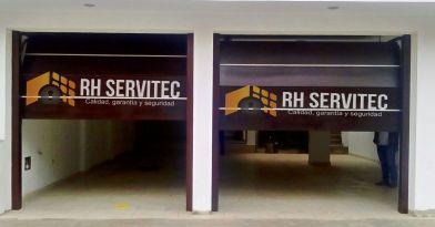 instalaciones-de_puertas_seccionales_rhservitec