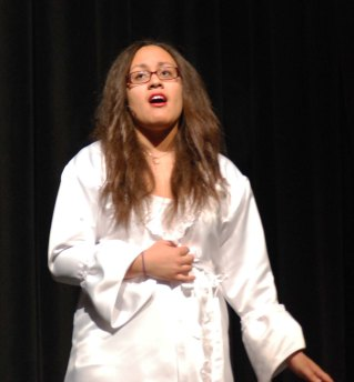 """Lauren Illes sings """"Angel of Music"""""""