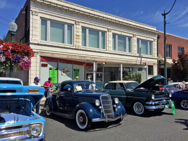 Nothing goes together like classic cars and Main Street.