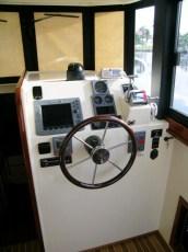 Custom electronics - hull 234