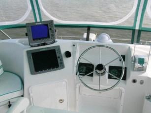 Additional flybridge instrumentation