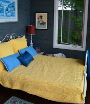 Stylish cottage decor in a lakeside bunkie