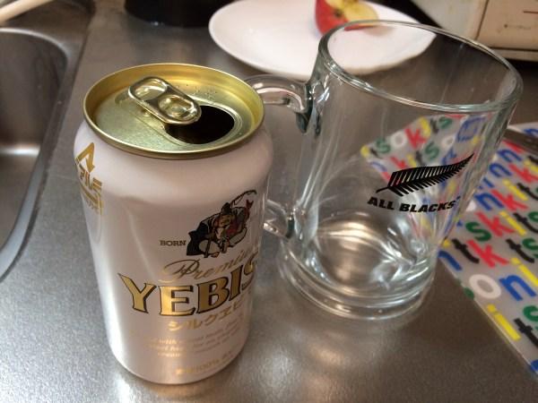 ジョッキとビール