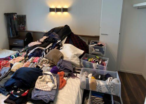 全部出した衣類