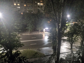 В Мелитополе загорелись остановки (фото)