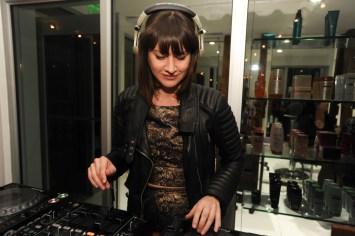 Sasha Lauzon djing3