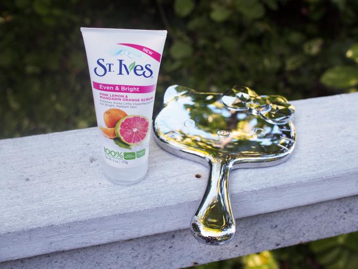 st-ives-even-and-bright-pink-lemon-mandarin-orange-scrub-hello-kitty