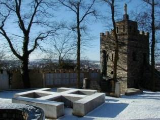 memorial-neige