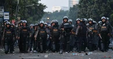 Polisi bersiap hadapi para pedemo