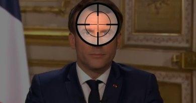 Presiden Perancis Emmanuel Macron