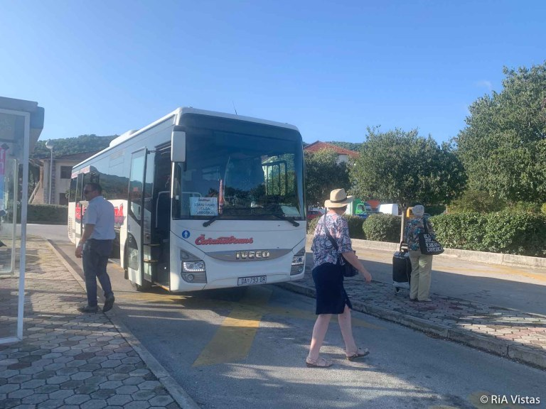 Bus stop at Stari Grad - changeover - Hvar_RiA Vistas