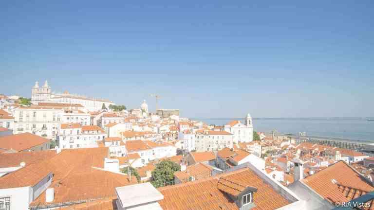 Miradouro das Portas do Sol - Lisbon_RiA Vistas