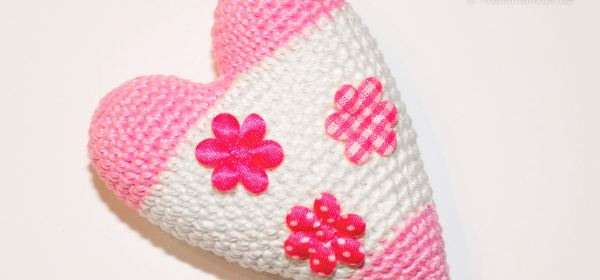 Amigurumi Big Heart : Ribbelmonster - Patterns for Knitting, Crochet, Sewing ...