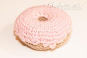 Amigurumi - großen Erdbeer Donut häkeln - kostenlose Häkelanleitung