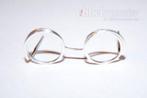Brille aus Draht basteln - kostenlose Anleitung