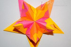 Klassischen Bascetta Stern basteln - Module zusammen stecken - Anleitung