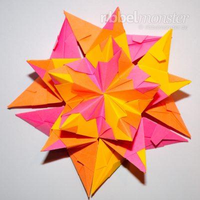 Klassischen Bascetta Stern basteln - Stern zusammen bauen