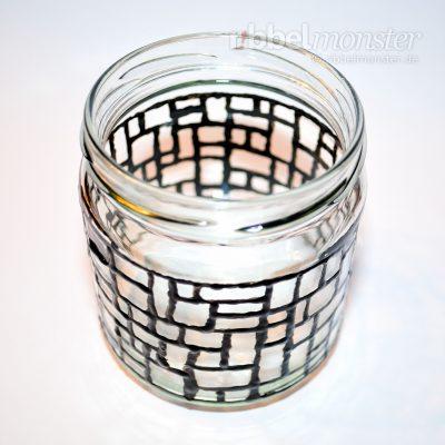 Weihnachtliches Mosaik Windlicht basteln - kostenlose Anleitung