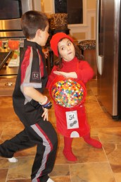 Red Gumball Machine Fights Peeta Mellark