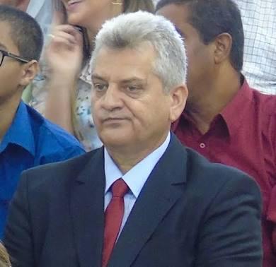 Reviravolta em Lagoa Grande/PE: Vilmar Cappellaro enfrenta esfacelamento de  sua base com rompimentos e incertezas na recondução do cargo de prefeito |  Blog do Banana