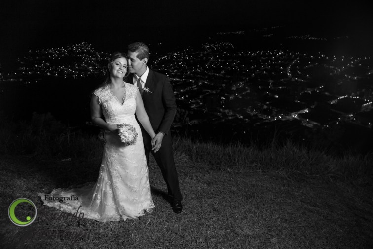 Ariana-e-Renato----20141205--778_fotografo_sul_de_minas_fotografo_de_casamento_