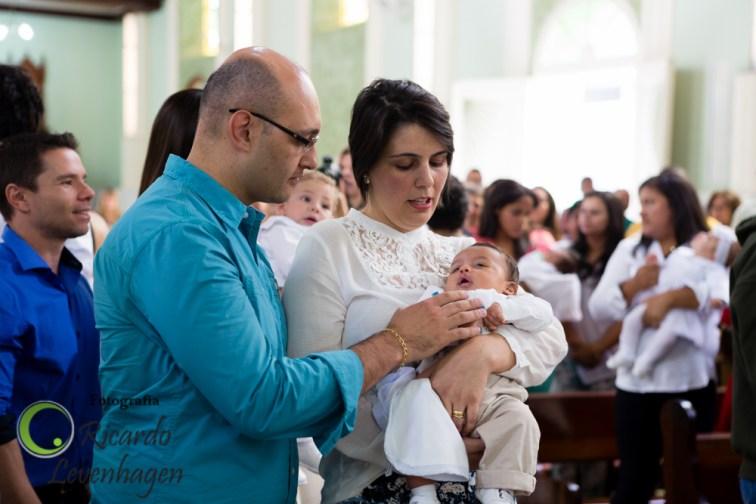 Batizado-do-Theo---20150510--59-fotografo-su-de-minas-fotografo-de-batizado