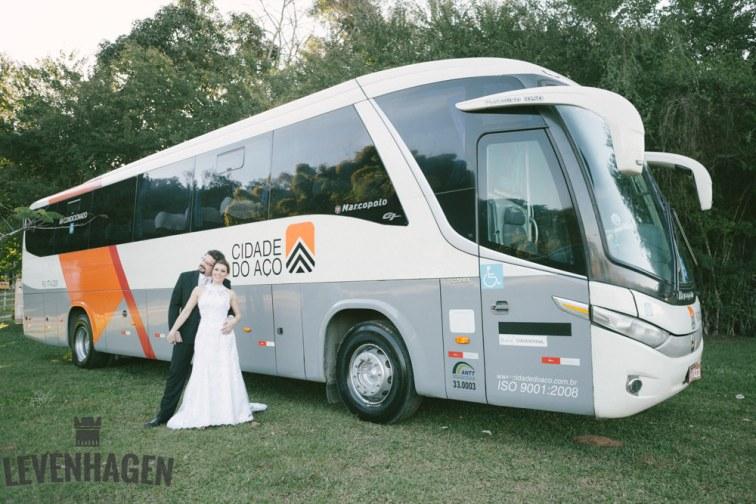 Ensaio de Luiz Paulo e Juliana---20160618--68ricardo-levenhagen-um-amor-quilometros-de-distancia-e-um-onibus-para-aproximar- Um amor quilômetros de distancia e um ônibus para aproximar