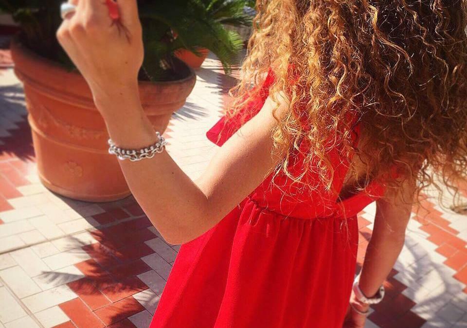 Come curare i capelli ricci d'estate? Ecco i miei consigli