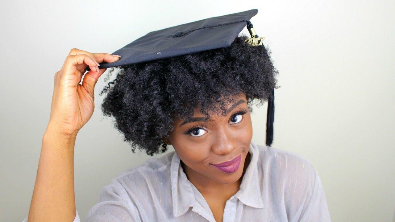 Outfit e capelli ricci  cosa indossare il giorno della laurea ... 31ca7e27b346