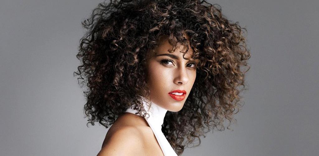 Permanente e capelli ricci  Tutto ciò che devi sapere per ottenere ricci  perfetti! Ricciomatto f216b6e3aad4